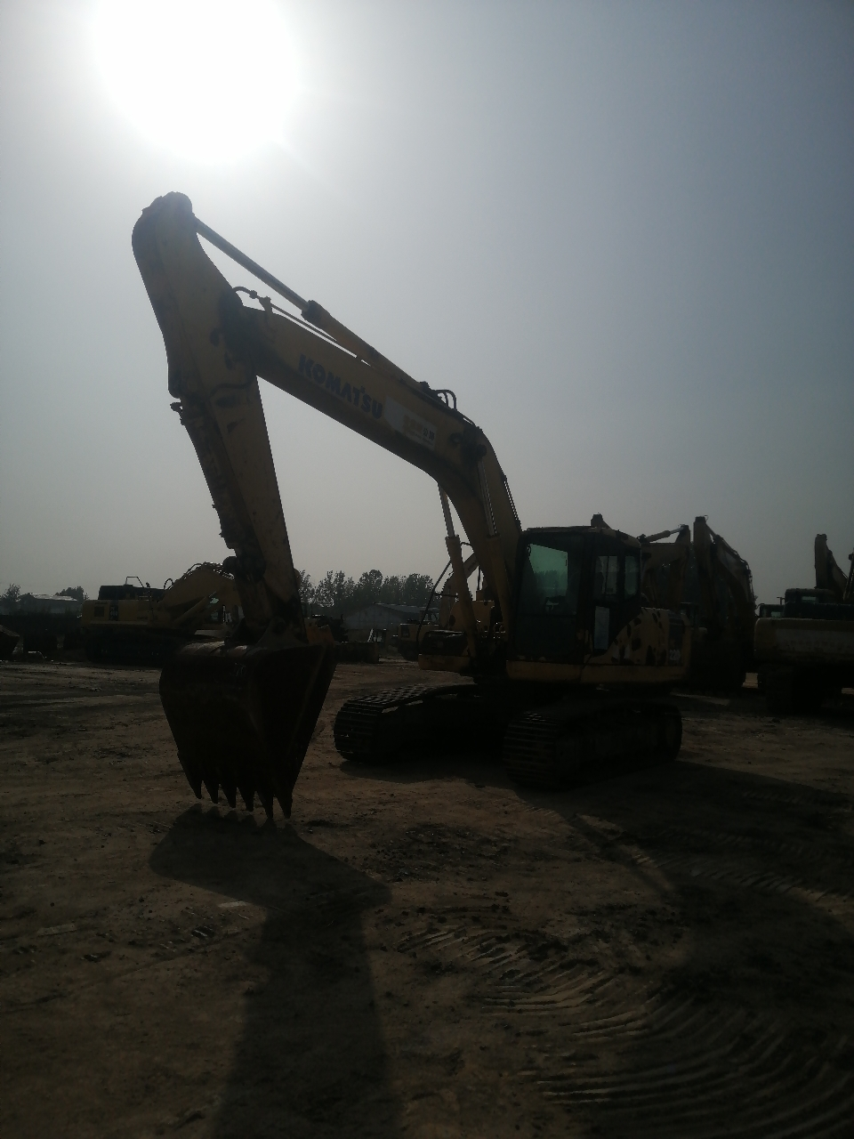 小松挖掘机PC220-7