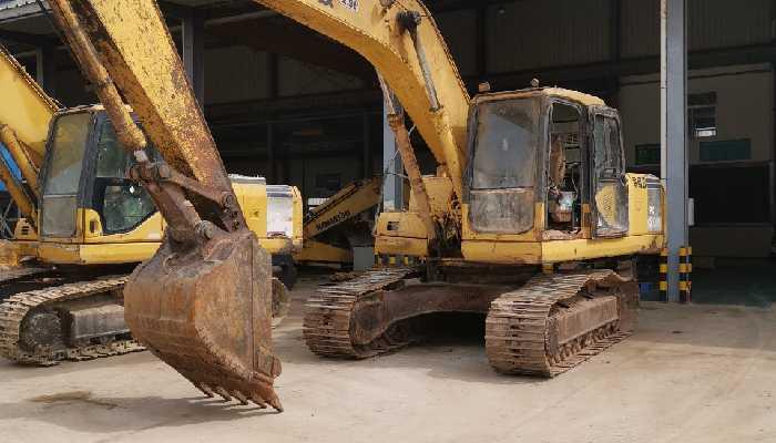 小松挖掘机PC200-7