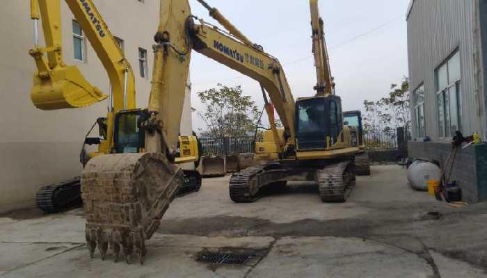 金洋2小松注册挖掘机PC240LC-8